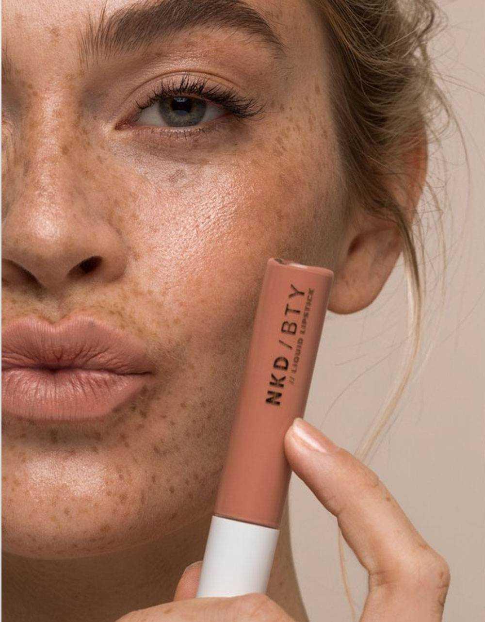 NA-KD Liquid matte lipstick - mya NA-KD ACCESSORIES 15,57€