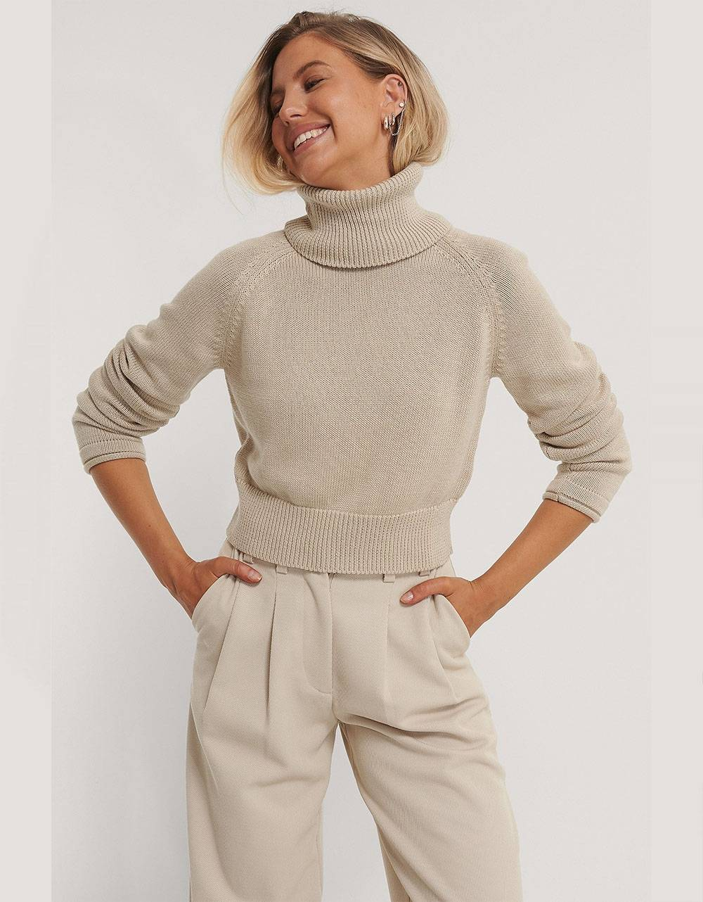 NA-KD high neck knitted sweater - light beige NA-KD Sweater 40,16€