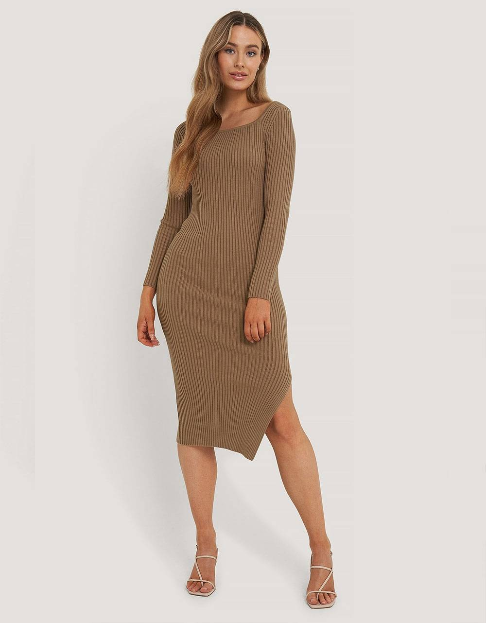 NA-KD square neck side slit midi dress - nougat NA-KD Dress 72,95 €