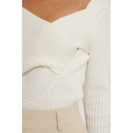 NA-KD Twisted front top - off white NA-KD Top 75,00€