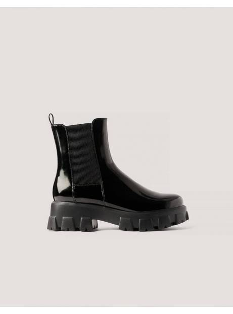 NA-KD chunky sole boots - black NA-KD Sneakers 95,00€