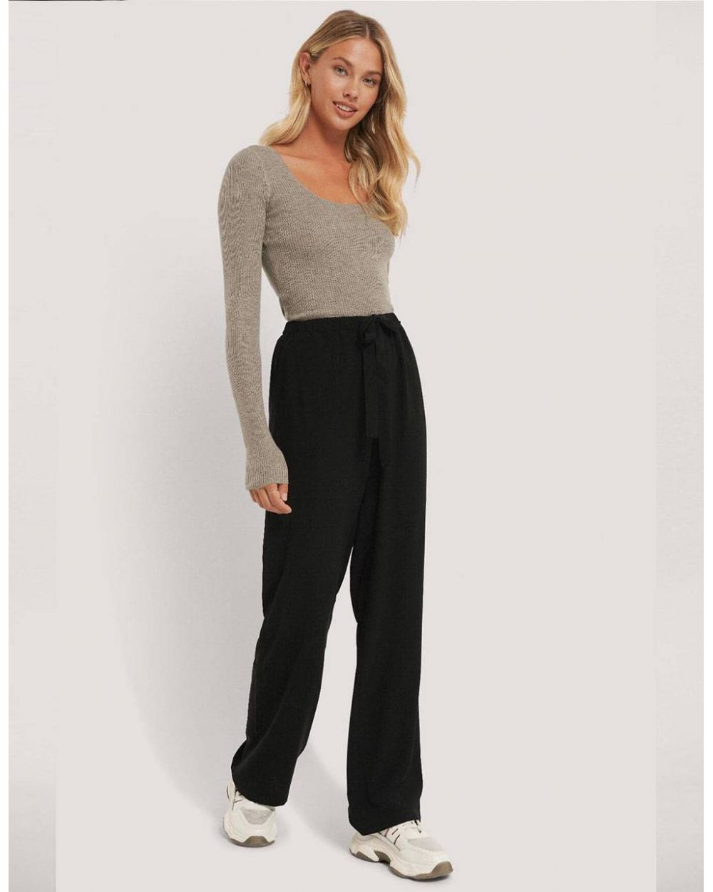 NA-KD tie belt wide leg pants - black NA-KD Pants 49,00 €