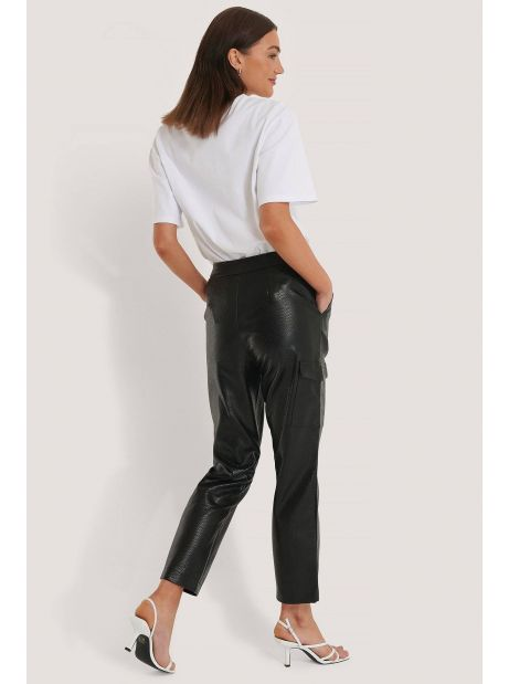 NA-KD pu reptile pocket pants - black NA-KD Pants 67,21€