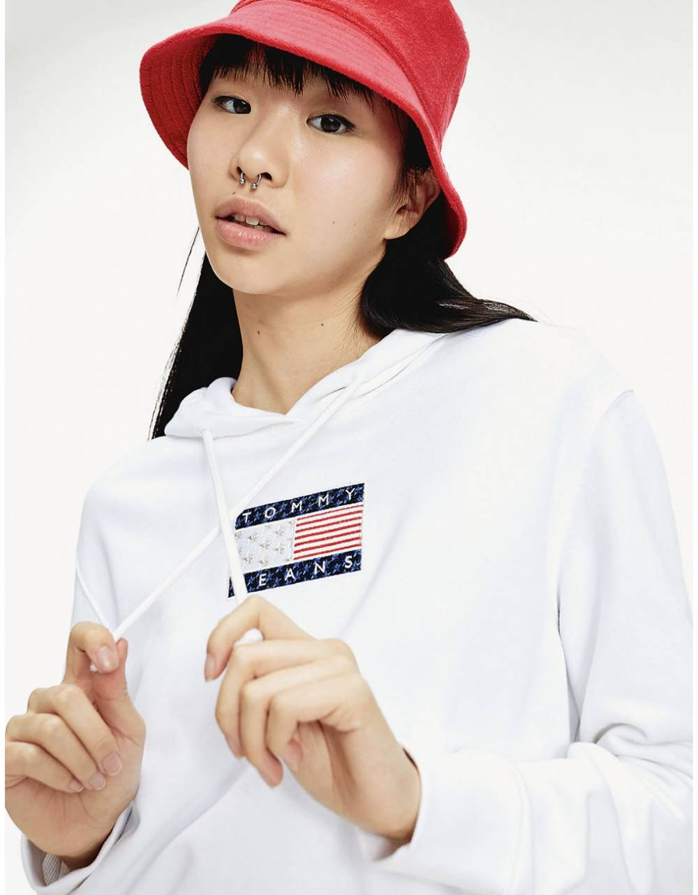 Tommy Jeans woman's Americana Badge crop hoodie - White Tommy Jeans Sweater 135,00 €