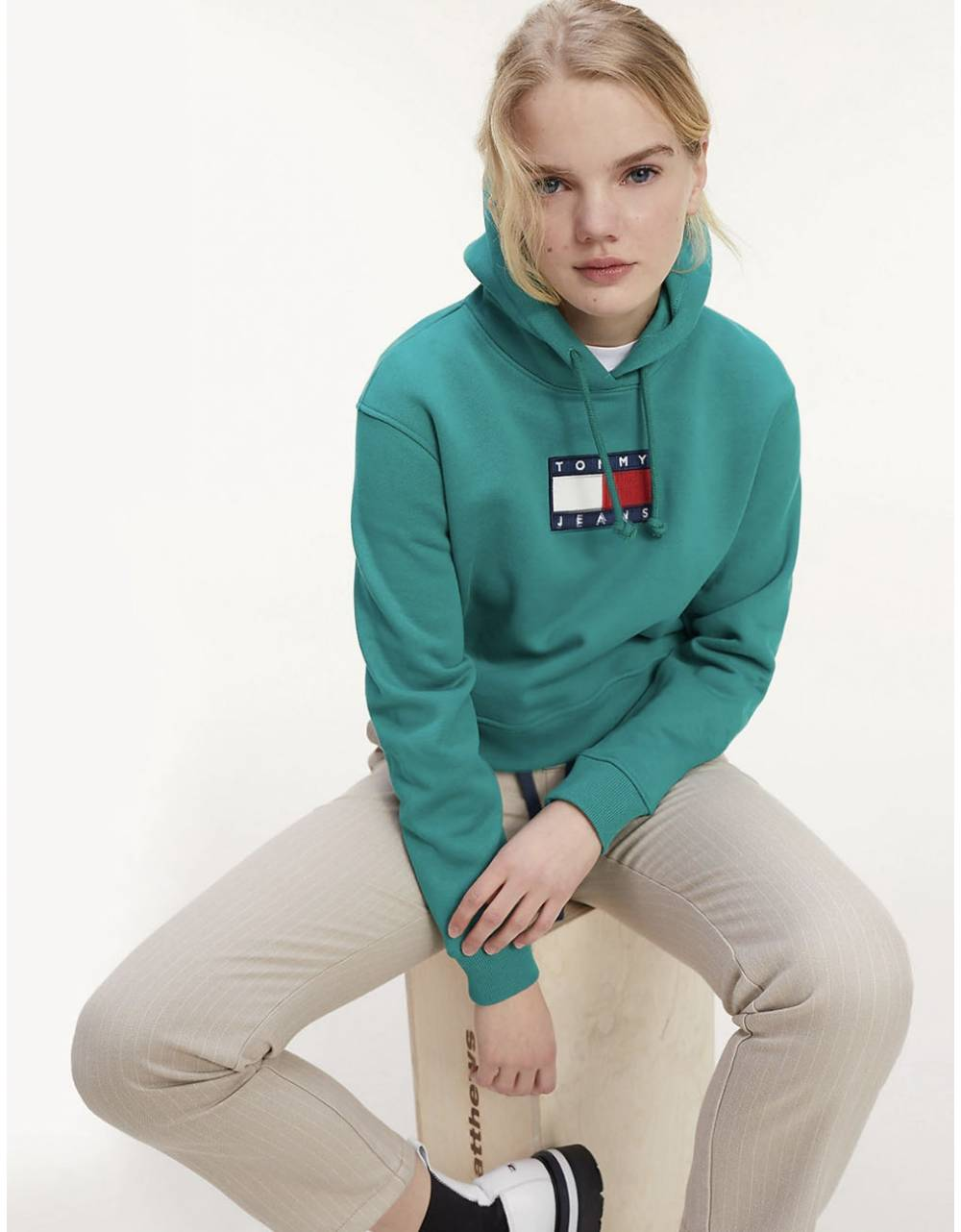 Tommy Jeans woman's Flag Hoodie - Midwest green Tommy Jeans Sweater 118,85 €