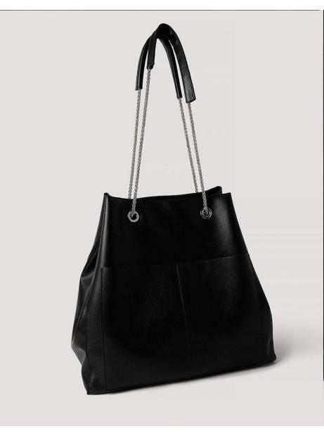 NA-KD leather trapeze chain bag - black NA-KD Bags 90,00€