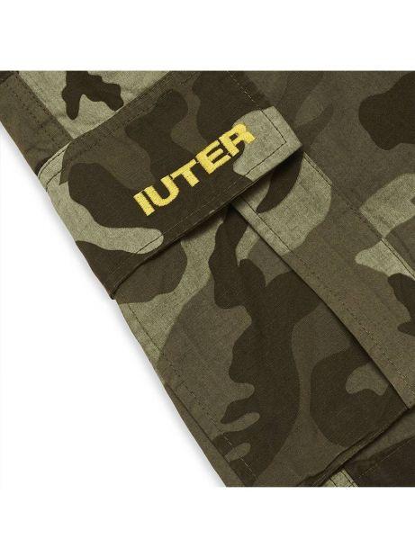 Iuter Cargo camo shorts - army IUTER Shorts 119,00€