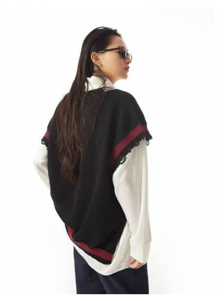 Salute HK Damage oversize vest - black Salute HK Knitwear 109,00€